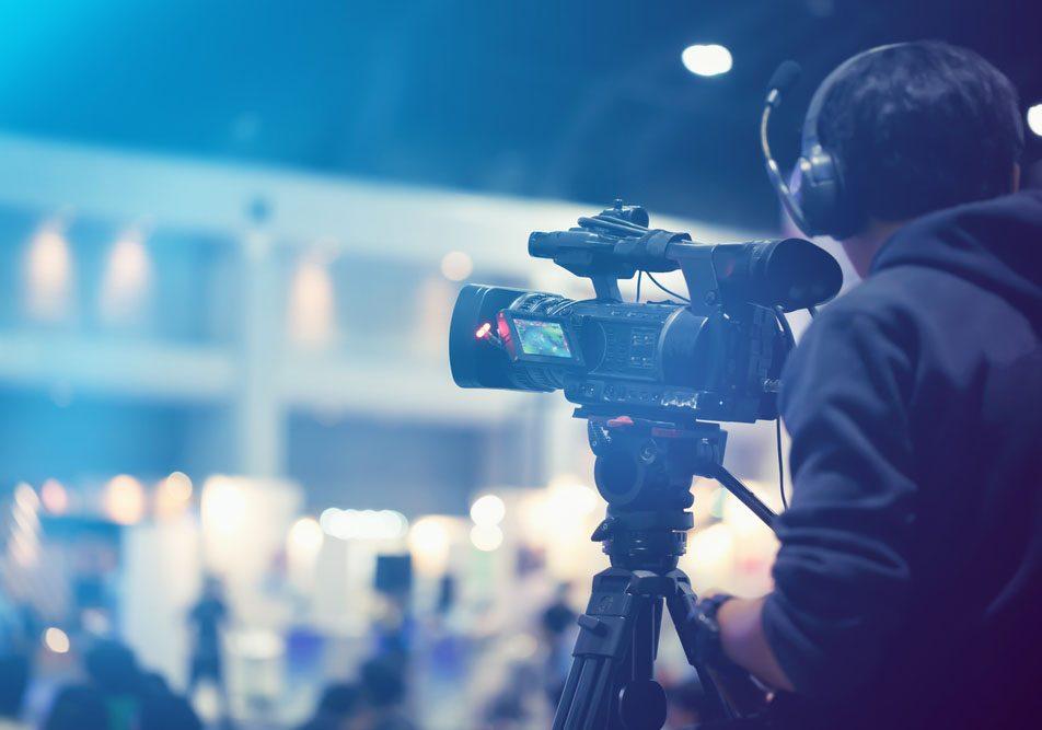 chụp ảnh sản phẩm sudio, chụp ảnh mẫu, chụp ảnh nhóm, quay video giới thiệu công ty, quay video giới thiệu doanh nghiệp, media giakhiem.vn, Gia Khiêm Media